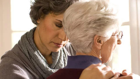 The Link Between Depression and Old Age – How you can Help a Friend or Loved One